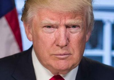 Trump-signs-executive-order-to-keep-out-radical-Islamic-terrorists